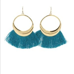 NEW! Kinsley Armelle Ariel Hoop Fringe Earrings
